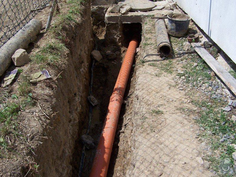 Výměna kanalizace, položení nové přípojky vody: 101_6962