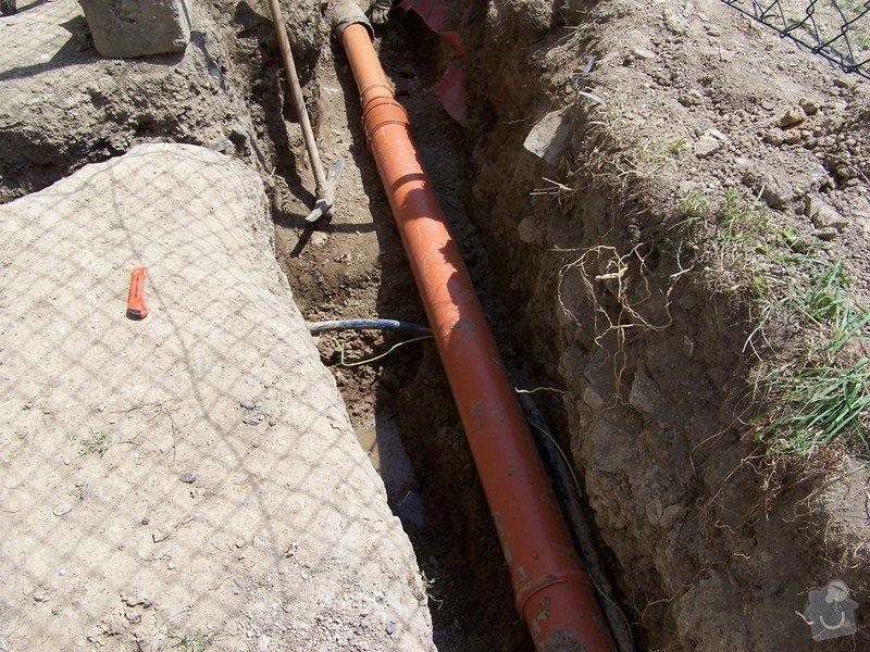 Výměna kanalizace, položení nové přípojky vody: 101_6963