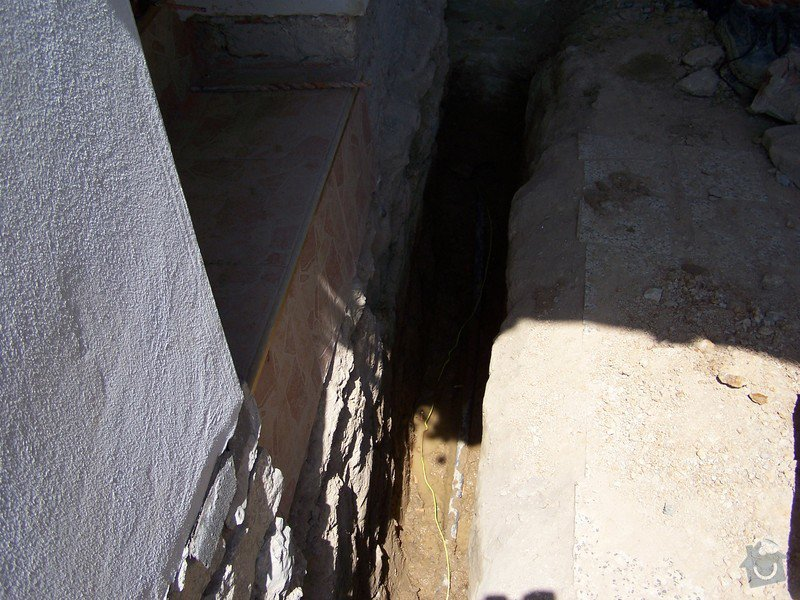 Výměna kanalizace, položení nové přípojky vody: 101_6964