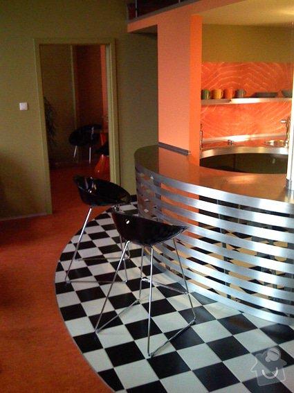 Atypický mezonetový apartmán - doplnění - bar z nerezu a hliníku: Bar_0142