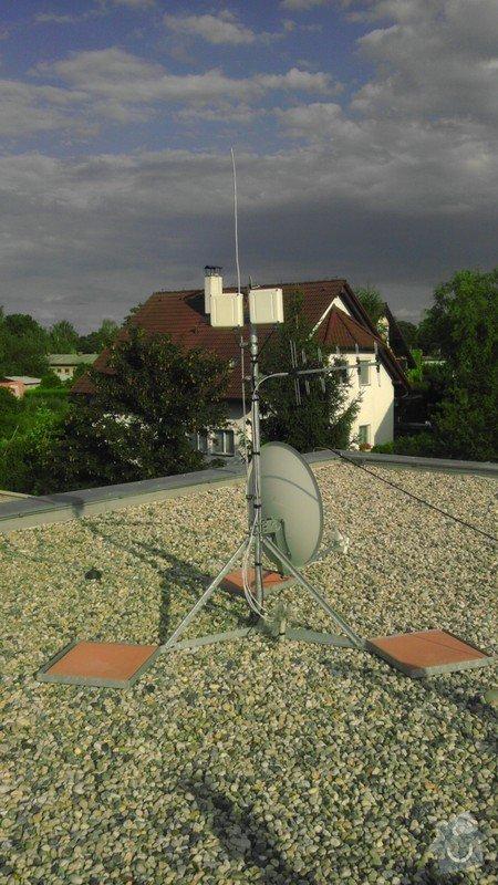Posun termostatu, uzemnenie stoziara anteny: IMAG0240