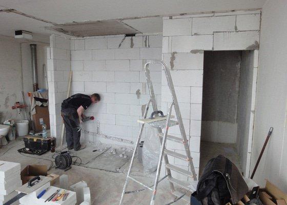 Rekonstrukce panelového bytu 35,7 m2