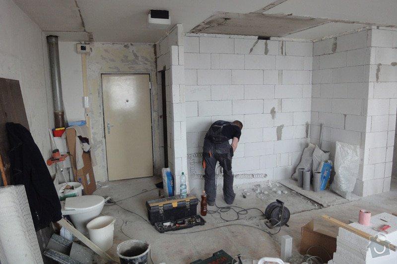 Rekonstrukce panelového bytu 35,7 m2: DSC04708