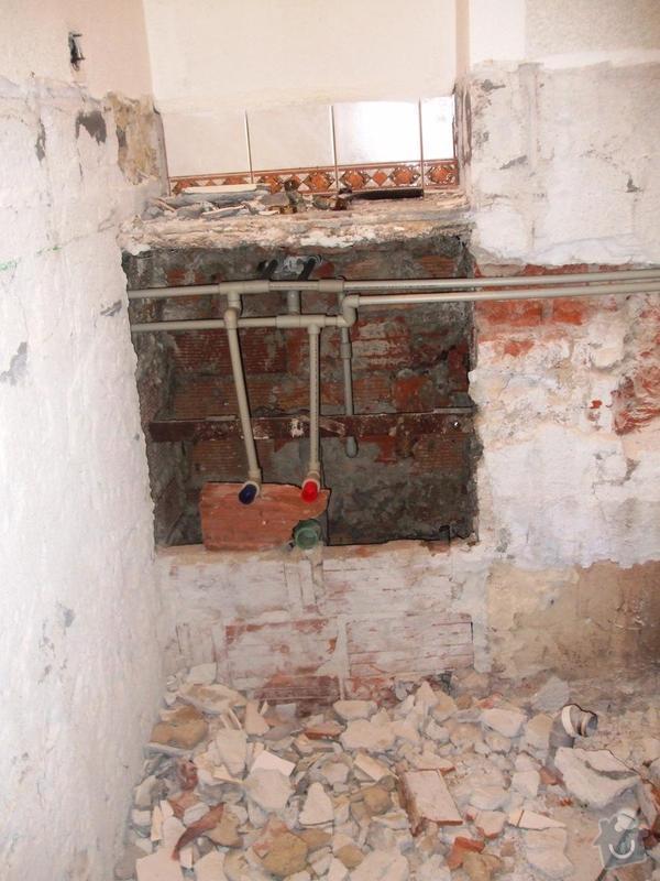 Rekonstrukce koupelny: DSCF5903