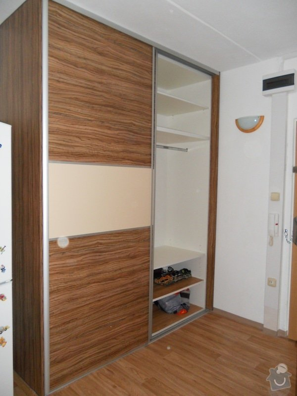 Výroba a montáž kuchyšké linky a vestavěné skříně: File_115