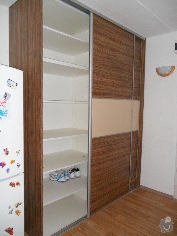 Výroba a montáž kuchyšké linky a vestavěné skříně: File_117