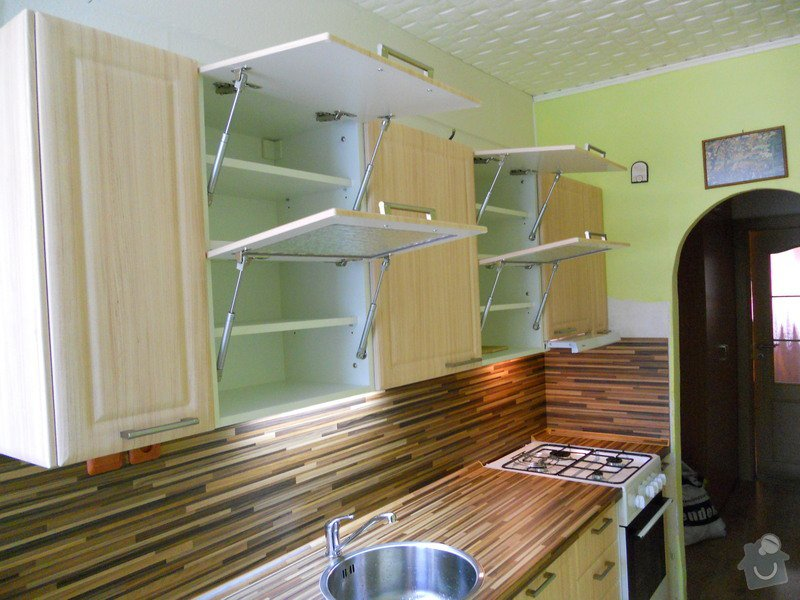 Výroba a montáž kuchyšké linky.: DSCN1193
