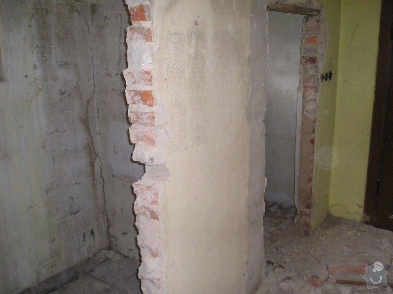 Rekonstrukce Všetaty RD  - zednické práce: P1010006