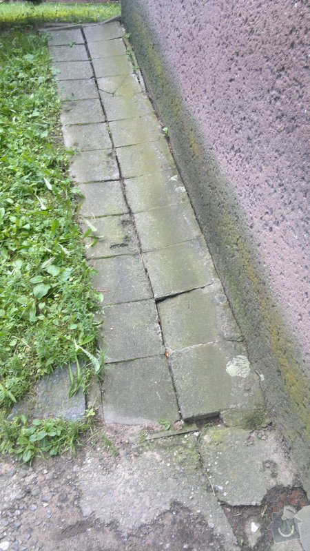 Oprava bočního přístupu do domu,odizolování domu : 2012-08-07-289