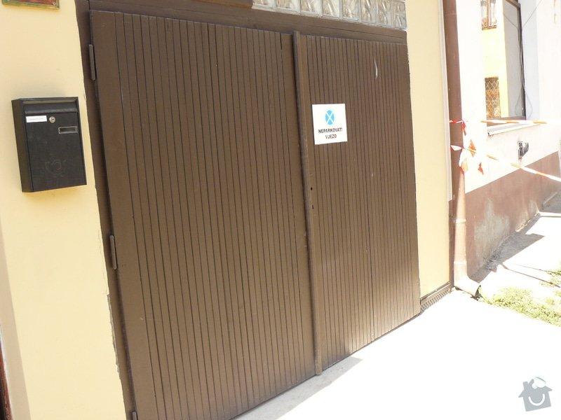 Garážová vrata dvoukřídlá: P1150820