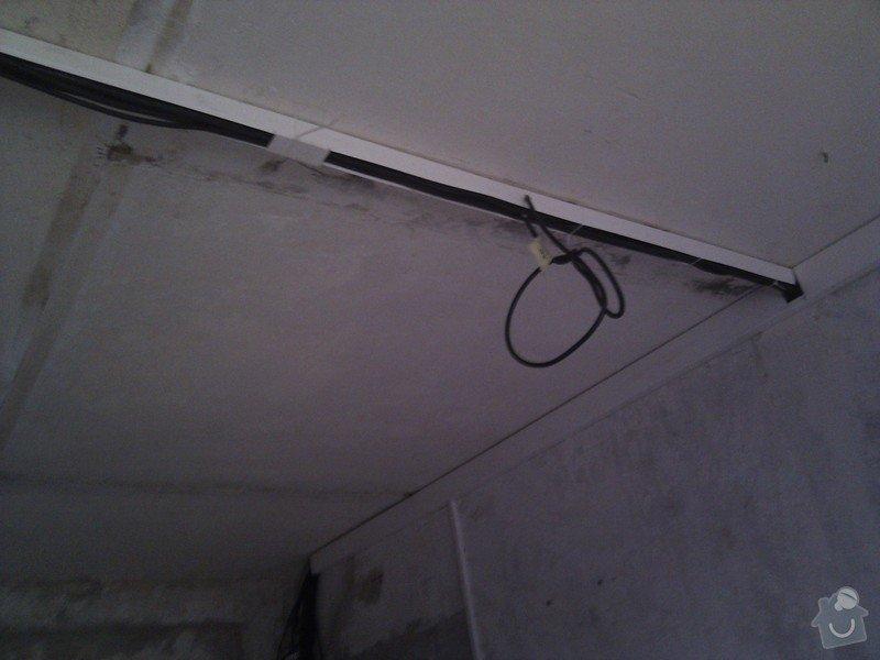 Sadrokartonovy podhled v kuchyni: 2012-07-03_19.54.02