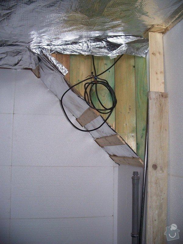 Stavební a obkladačské práce - podkrovní koupelna: 100_2128