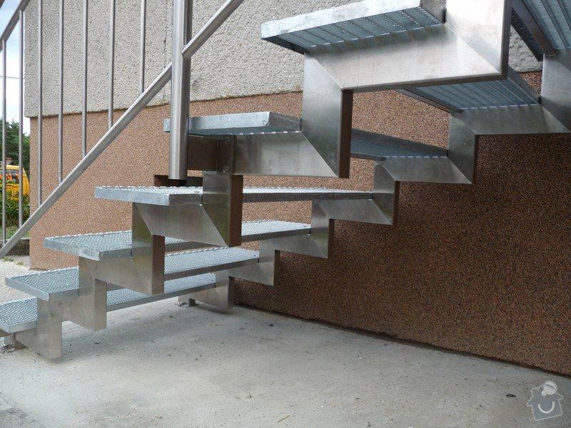 Venkovní schody: P1060371