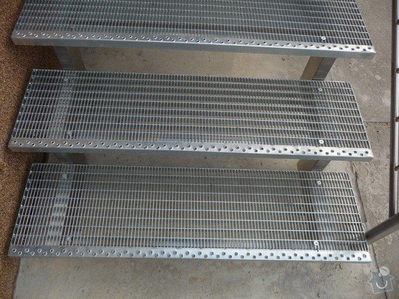 Venkovní schody: P1060368