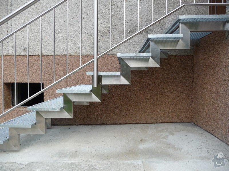Venkovní schody: P1060370