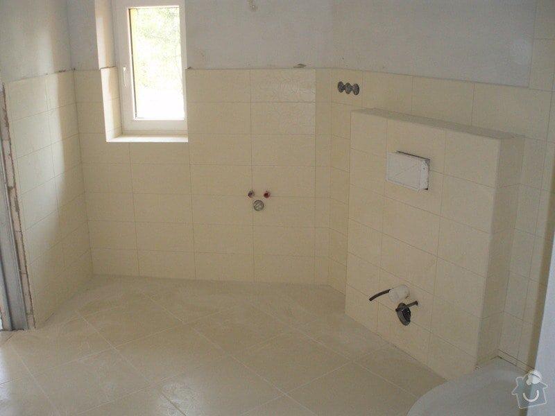 Obkládání a zkompletování koupelny a kuchyně.: P7240006