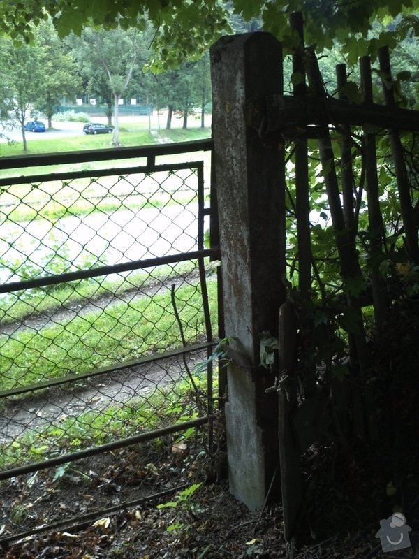 Montáž vjezdové brány na pozemek: IMG561