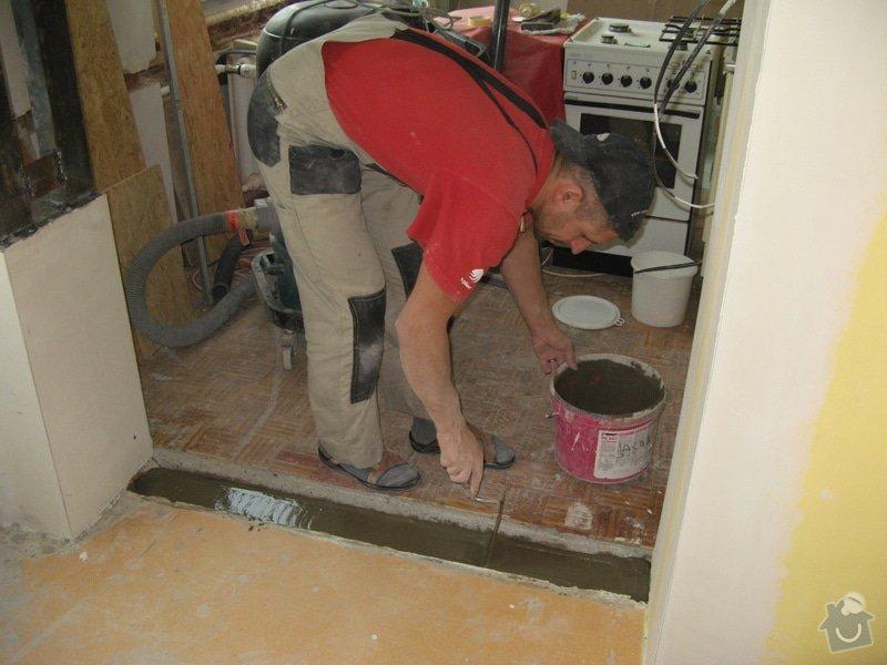 Vyrovnání podkladů a pokládka linolea: rekonstrukce_bytu_392_
