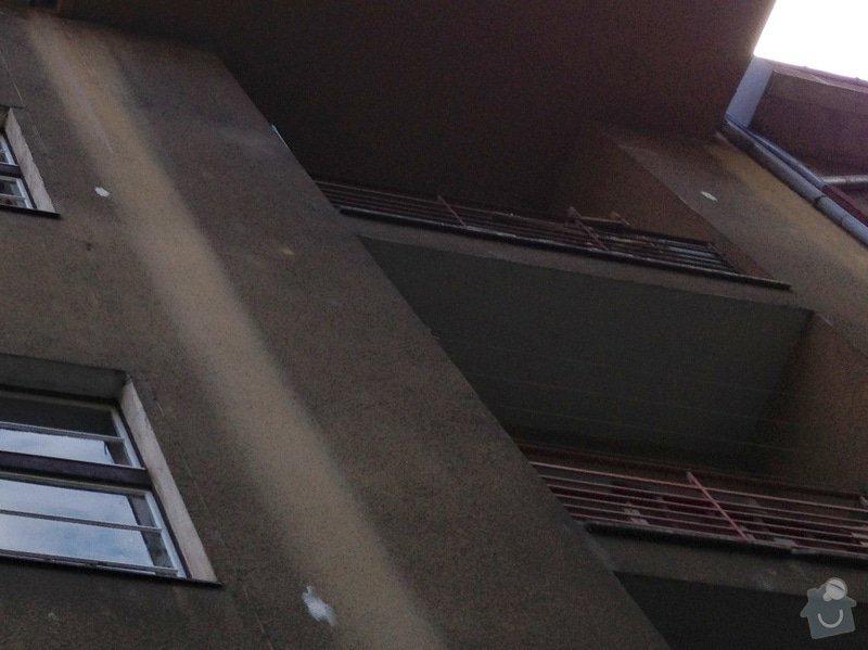 Nátěry zábradlí (lodžie, balkóny) a kovového plotu (dvůr) : lodzie