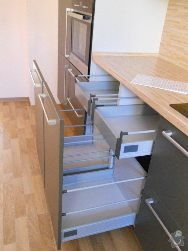 Výroba a montáž kuchyšké linky.: DSCN1298