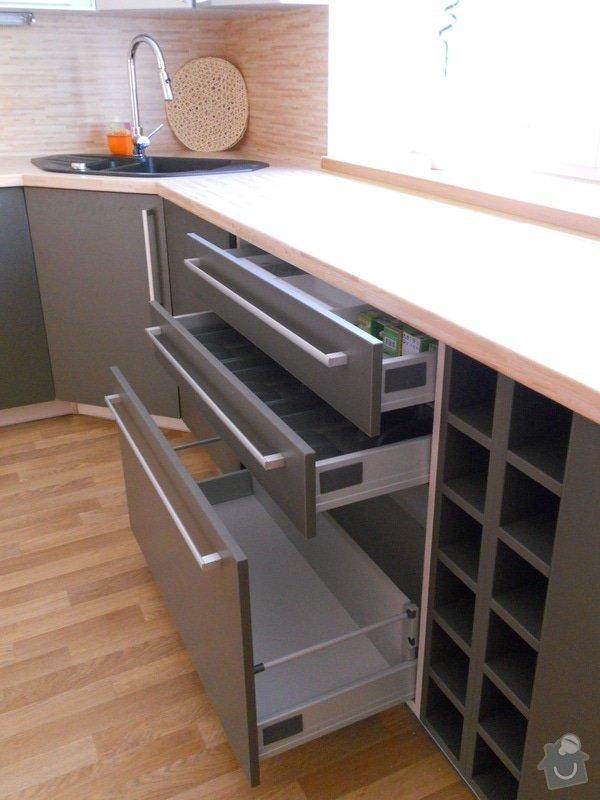 Výroba a montáž kuchyšké linky.: DSCN1306