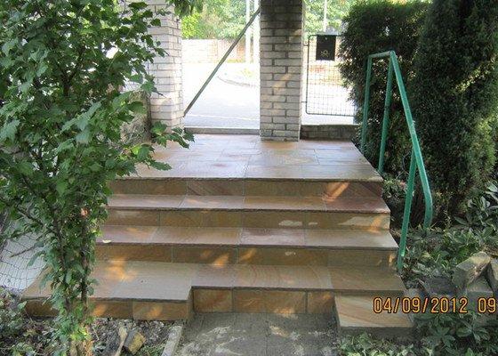 Oprava venkovních schodů