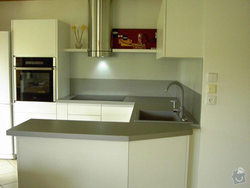 Kuchyňská linka: kuchynka_2_003