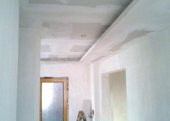 Sádrokartonové stropy a podhledy