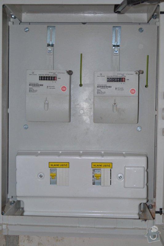 Nový přívod do RD, výměna elektroměrových rozvaděčů: DSC_0230