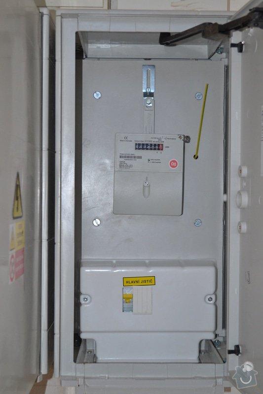 Nový přívod do RD, výměna elektroměrových rozvaděčů: DSC_0231