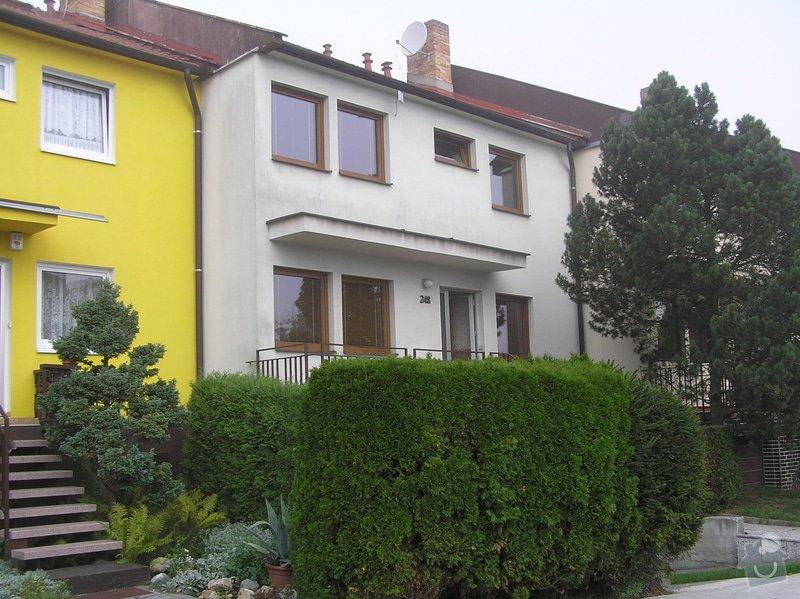 Nátěr fasády řadového domu. : P9070003