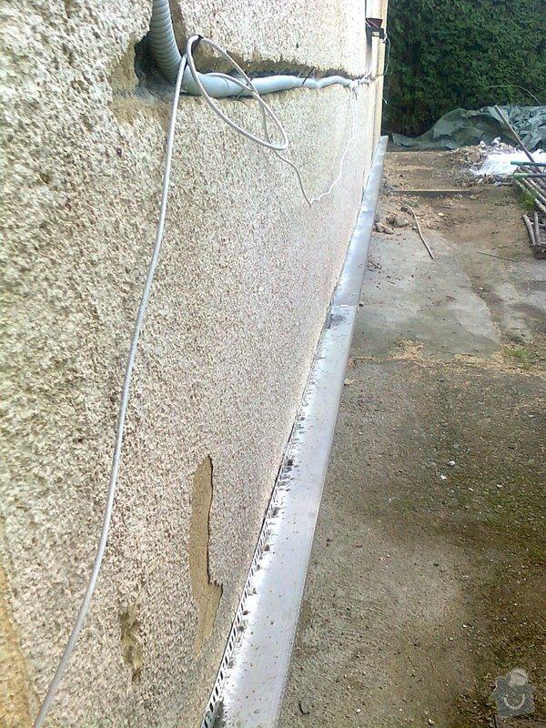 Zateplení, fasáda, obkopání domu, parapety, elektroinstalace: Fotografie0435