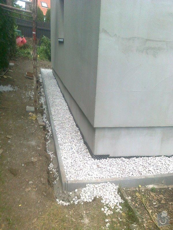 Zateplení, fasáda, obkopání domu, parapety, elektroinstalace: Fotografie0491