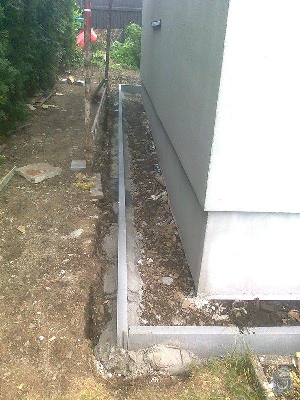 Zateplení, fasáda, obkopání domu, parapety, elektroinstalace: obkopani2