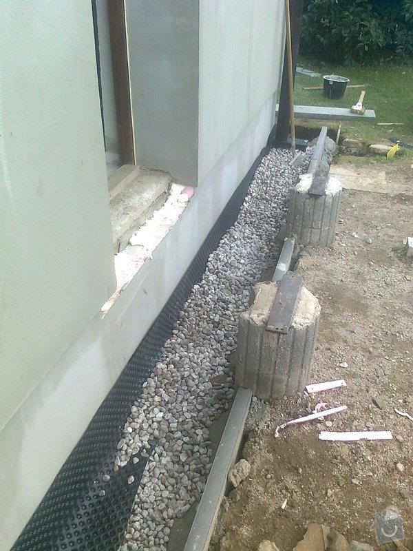 Zateplení, fasáda, obkopání domu, parapety, elektroinstalace: obkopani4