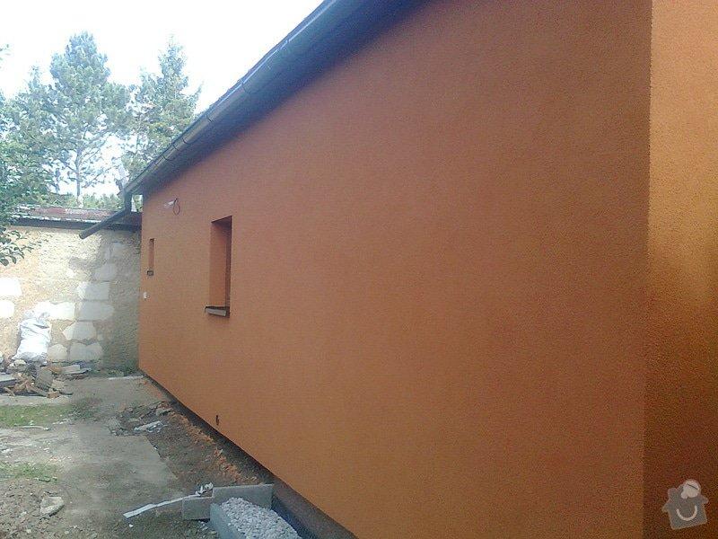 Zateplení, fasáda, obkopání domu, parapety, elektroinstalace: Fotografie0497