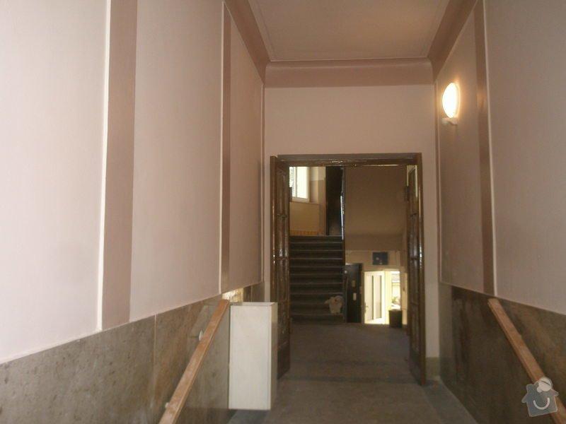 Rekonstrukce společných prostor domu na Vinohradech: P7230246