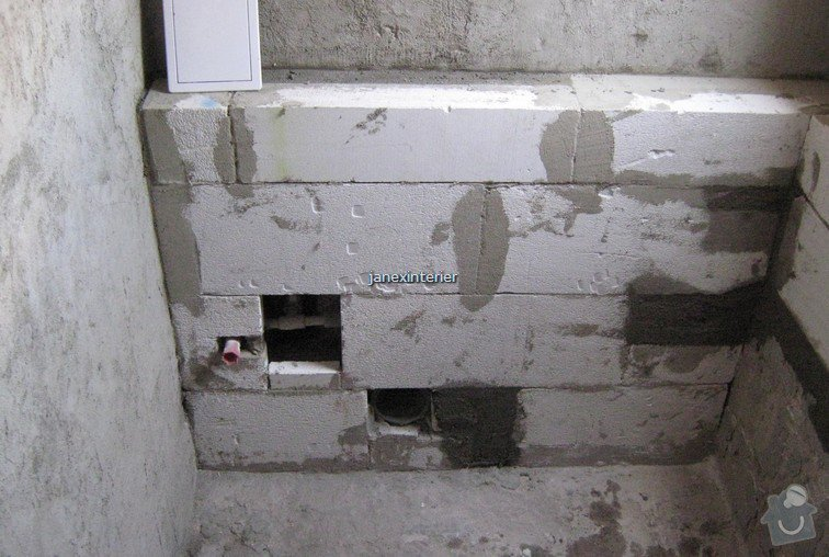 Stavební práce a instalatérské práce (obklady, dlažba, připojení WC a umyvadla): IMG_5501_tn