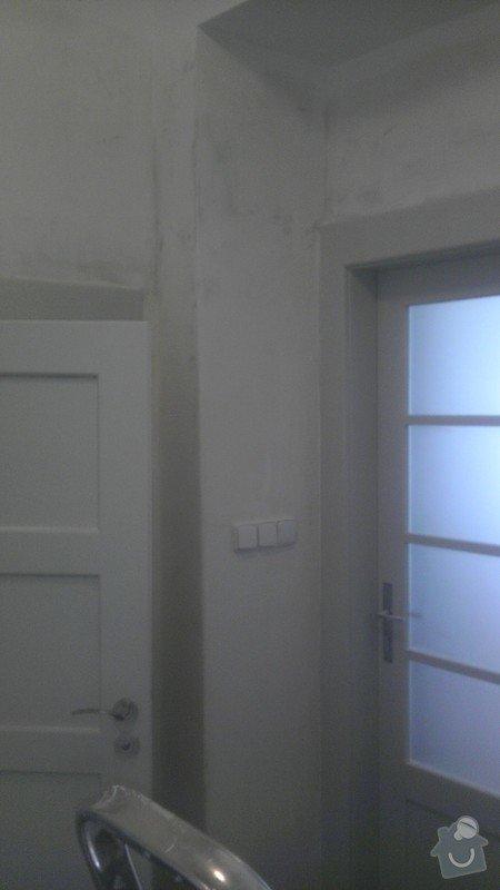 Tapetování (předsíň a jedna stěna v pokoji): IMAG0348