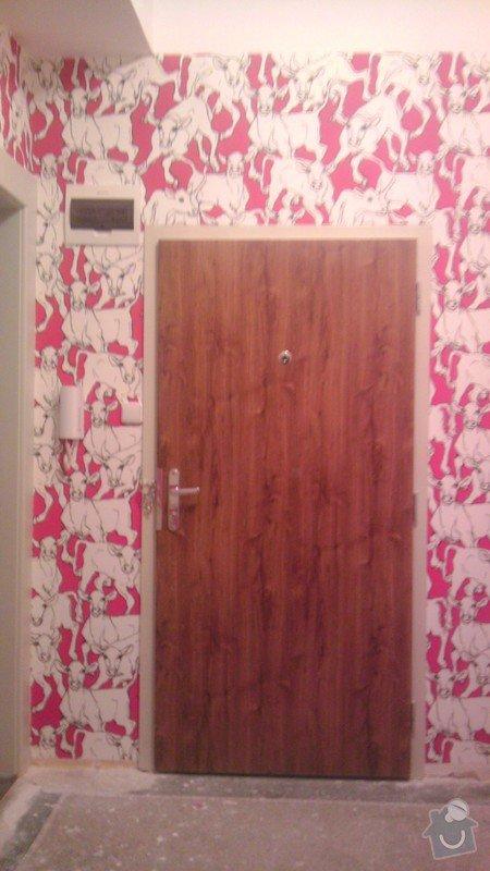 Tapetování (předsíň a jedna stěna v pokoji): IMAG0363