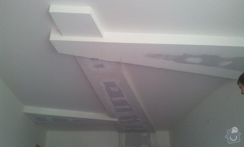 Sádrokarton - zakrytí digestoře: 20120905_122742