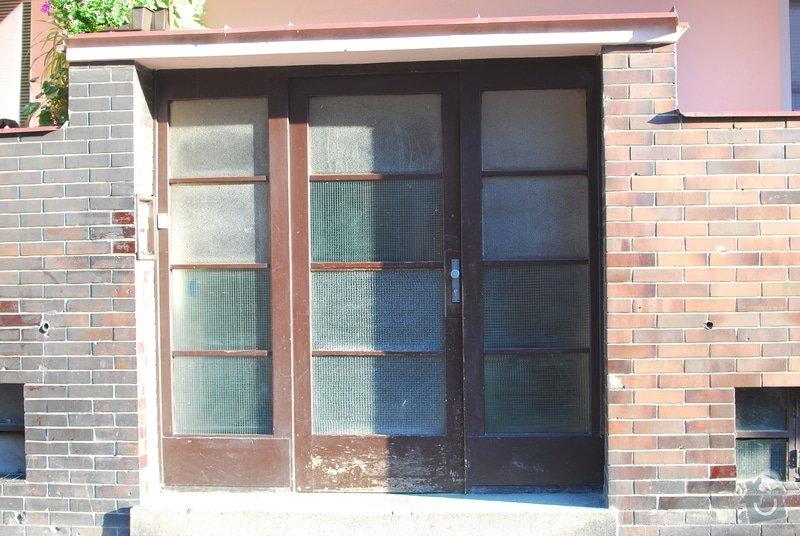 Vstupní dveře: vstupni_dvere