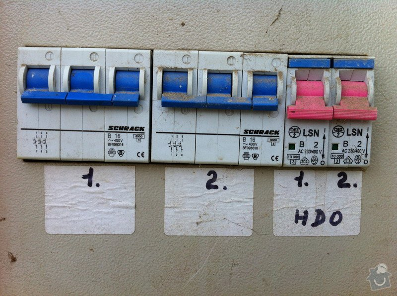 Vyvedení 1-fázové zásuvky ze tří fází: IMG_1488_1