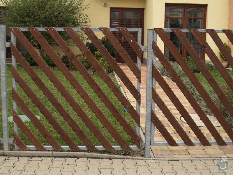 Renovace dřevěného plotu a podbití: Plot