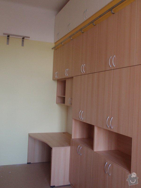 Kancelářský nábytek: KarlovaUniverzita_249