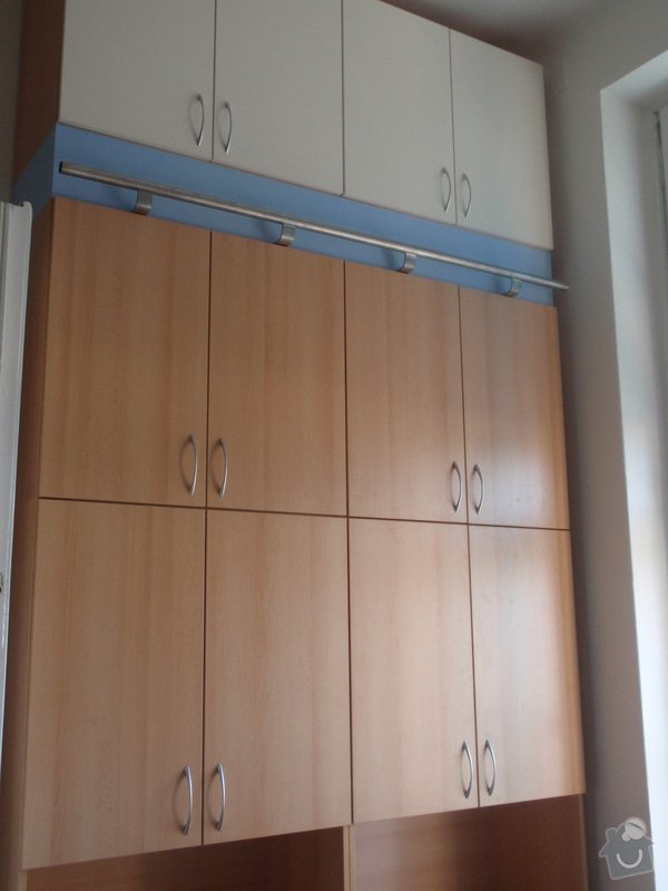Kancelářský nábytek: KarlovaUniverzita_262