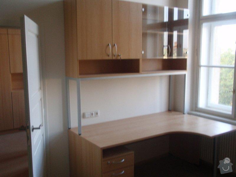 Kancelářský nábytek: KarlovaUniverzita_270