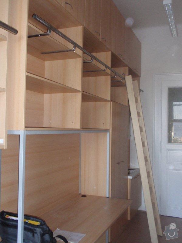 Kancelářský nábytek: KarlovaUniverzita_285