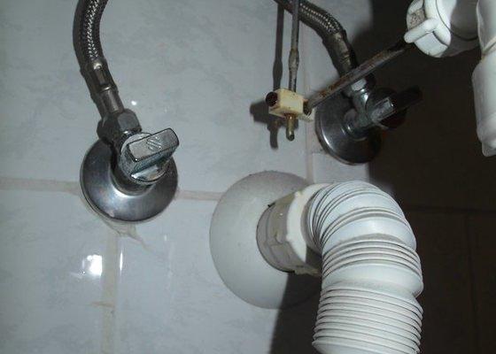 Umyvadlo_koupelna_2