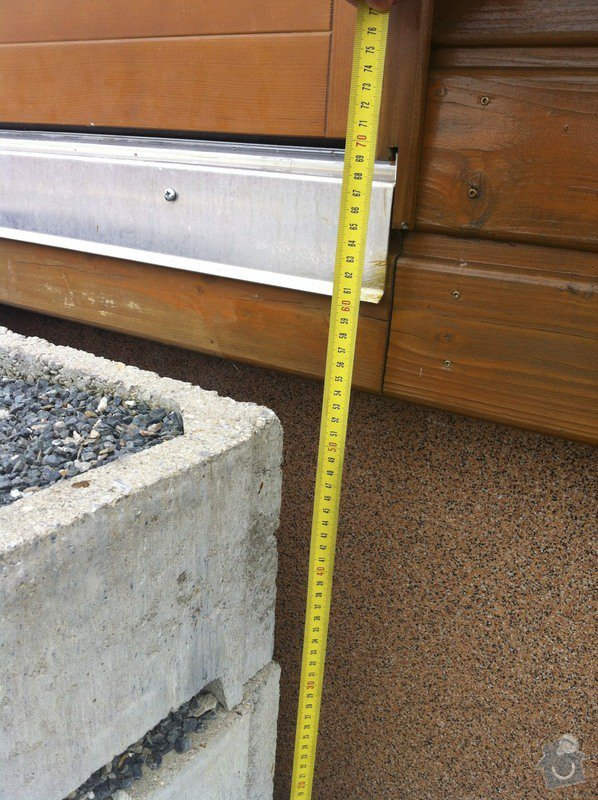 Dokončení zámkové dlažby + vstupní schodiště: IMG_1939
